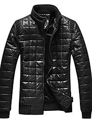 Manteaux pied de col en cuir épais