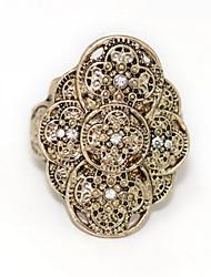 Alliage de cru avec l'anneau en forme de fleur de Rhinestone de femmes
