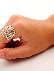 Crystal Ring indicação à moda