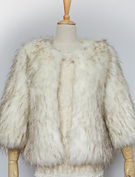 Thick 3/4 Sleeve Collarless Faux Fur Party/Casual Jacket