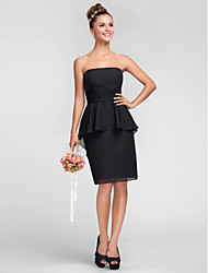 Knee-length Chiffon Bridesmaid Dress - Plus Size / Petite Sheath/Column Strapless