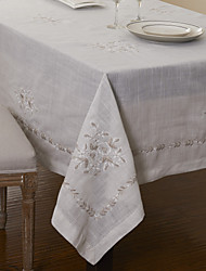 Polyester Classic White Floral Table Cloths