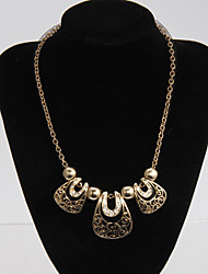 Rich Long Screen Color Alloy Palace Style Necklace