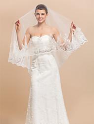 One-tier Fingertip/Waltz Wedding Veil With Lace Applique Edge