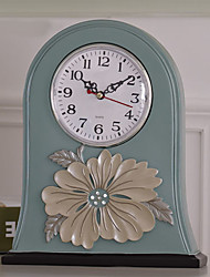 "10""Country Type Polyresin Analog Tabletop Clock"
