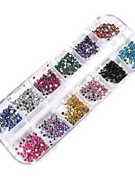 3000pcs 12-Farben-2mm Rad Nail Art Glitter Tipps Strass Dekorationen