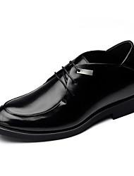 Zapatos de Hombre Oxfords Boda / Exterior / Oficina y Trabajo / Vestido / Fiesta y Noche Cuero Negro