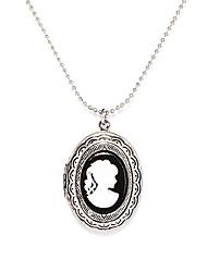 Modische Halsketten Anhängerketten / Medaillons Halsketten / Weinlese-Halsketten Schmuck Party / Alltag Modisch Aleación Silber 1 Stück