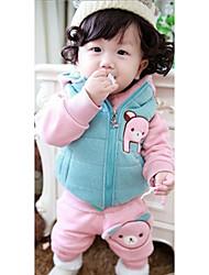 Children's Bear Pattern Clothing Set