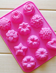 Twelve Holes Flower Shape Muffin Baking Tray, Silicone (Color Randoms)
