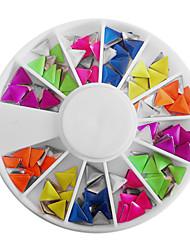 Mezcla de uñas del color del caramelo fluorescente Triángulo Decoraciones Arte