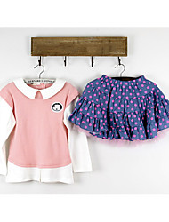 Girl's School Uniform Style with Dot Skirt Clothing Sets