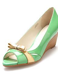 Bombas Wedge couro de patente da Mulher Heel Peep Toe / sapatos de salto