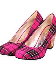 Salto saltos robustos Tecido Mulheres Bombas / sapatos de salto (mais cores)