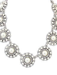 Fahion Style (Flowers) Alloy Imitation Pearl Chain Statement Necklace (Gold Silver Color)  (1 pc)