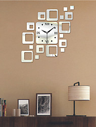 "19.75 ""H Estilo Moderno PS Bloquear Mirror Wall Clock"