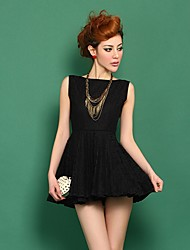 Women's Solid Black/White Dress , Casual/Lace Bateau Sleeveless Pleated/Backless/Lace