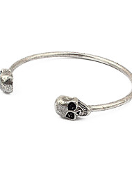 European and American vintage jewelry punk style personality skull bracelet opening (random color)