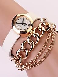 c & femmes d chaîne rivet bracelet femmes s'habillent montres XK-125