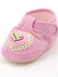 Talon plat de coton des enfants des Premières Walkers Mocassins mode avec modèle d'amour chaussures (plus de couleur)