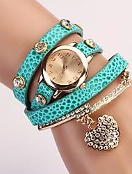 C & D mode de robe de femmes montres en forme de coeur pendentif diamant bracelet en cuir montres xk-77