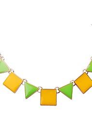 jane pierre mode triangle vert des femmes et collier de carré jaune
