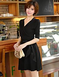Oliviya ol leite magro seda v vestido pescoço (preto)