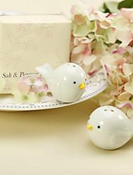 Ceramic Bird's Nest Salt & Pepper Shakers Wedding Favor (Set of 2)