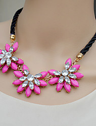 Siyun Fashion High End Vacation Styles Sunflower Shaped Short Rhinestone Necklace
