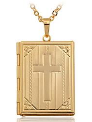 Femme Pendentif de collier Médaillons Colliers Forme de Croix Cuivre Plaqué or 18K or Mode Bijoux Pour Mariage 1pc