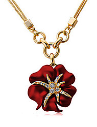 Meet You Flower Shaped Necklace Inlaid With Austrian Rhinestone