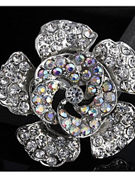Women's Fashion Prevalent Flower Shape Silver Alloy Rhinestone Brooches