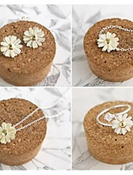 Little Daisy Act the Role Ofing is Tasted Suit (Ring + Necklace + Earrings + Bracelet)