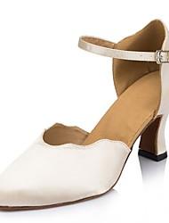 Standard-Schuhe nicht anpassbare Frauen High Heels Satin buckie Tanzschuhe
