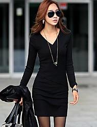 vestido de manga larga v cuello delgado de la mujer