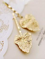 Fashion Wave Shape Golden Autumn Maple Leaves Hairpin