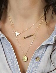 collar corto de tres capas de oro de las mujeres