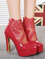 Calçados Femininos - Botas - Saltos / Arrendondado / Botas da Moda - Salto Grosso - Preto / Vermelho / Branco - Couro Envernizado -