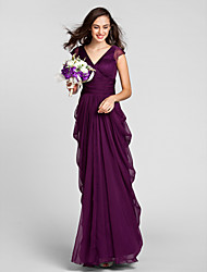 Floor-length Chiffon Bridesmaid Dress - Grape Plus Sizes / Petite Sheath/Column V-neck