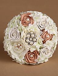 rosas de la cinta con el ramo de la boda hortensias