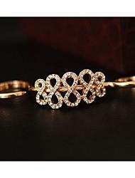 anel de strass em forma de 8 de coração de Leo mulheres