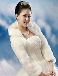 Fur Wraps / Wedding  Wraps Coats/Jackets Long Sleeve Faux Fur White / Ruby Wedding Feathers / fur