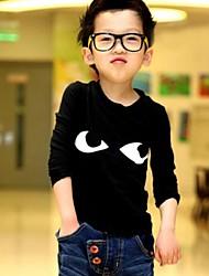 Koreaanse stijl koele ogen jongen met lange mouwen t-shirt