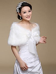 Fur Wraps / Wedding  Wraps Shrugs Faux Fur Ivory Wedding / Party/Evening Lace-up