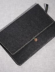 """i gusto b-011 11/13/15 """"laptop case voor de MacBook"""