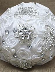 blanc romantique forme ronde mariage bouquet de mariée