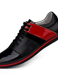 Sapatos Masculinos Oxfords Vermelho / Branco Couro / Couro Envernizado Casual