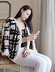 Fur Coat 3/4 Sleeve Collarless Rabbit Fur Special Occasion/Casual Fur Coat