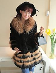 sección larga abrigos de piel de la mujer de abrigo de mapache cuello de piel de piel de conejo (más color)