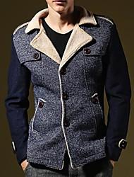 solapas de la chaqueta de corte y empalme de la moda de los hombres